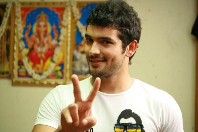 diganth and aindrita love story